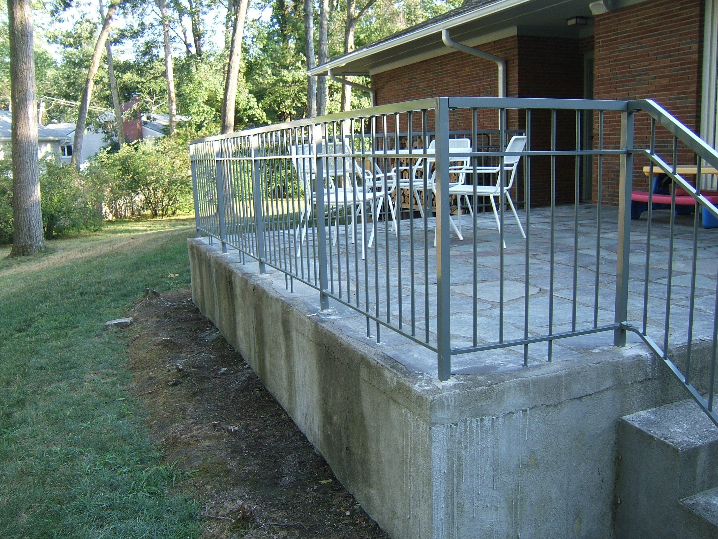 Aluminum Railing Custom Metal Fences